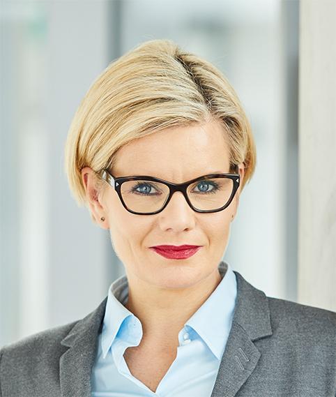 Dr. Valérie Schüller, LL.M.,
